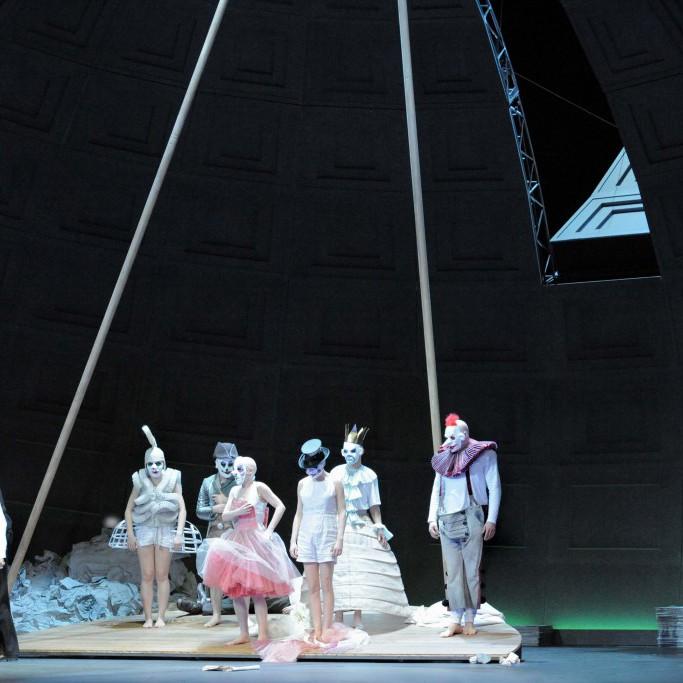 Bühnenbild-OPER-BONN-Der-Golem-Anne-Neuser